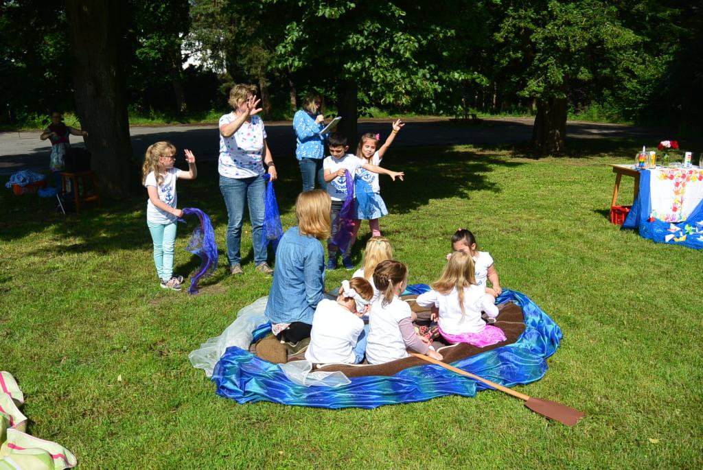 Evangelium - Der Sturm auf der See von den Kinder gespielt