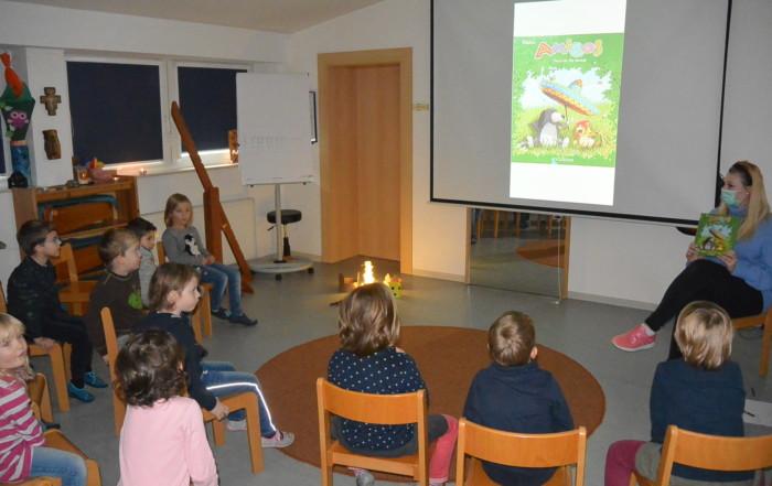 Kinder beim Vorlesetag