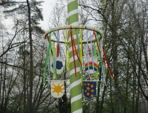 Hoffnungszeichen Maibaum